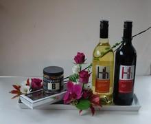 Rødvin, hvidvin, chokolade og lakrids.