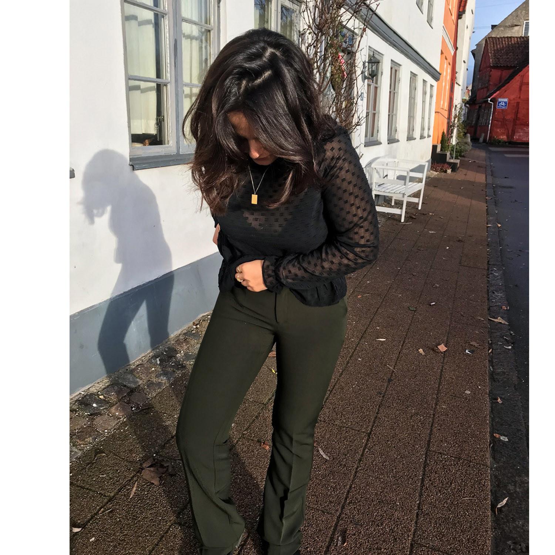 Neo Noir Cassie F Army Bukser   Shop nu FashionDeluxe.dk