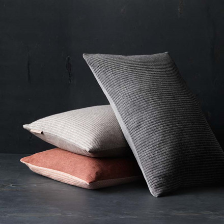 Fritz Hansen Objects Aiayu Pude Anthracite