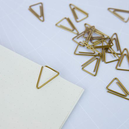 Monograph Triangle Klips