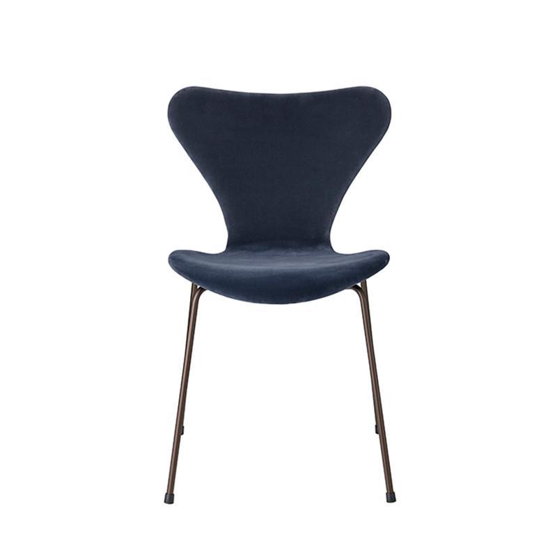 Fritz Hansen 3107 Serie 7 Velvet Edition Grey Blue
