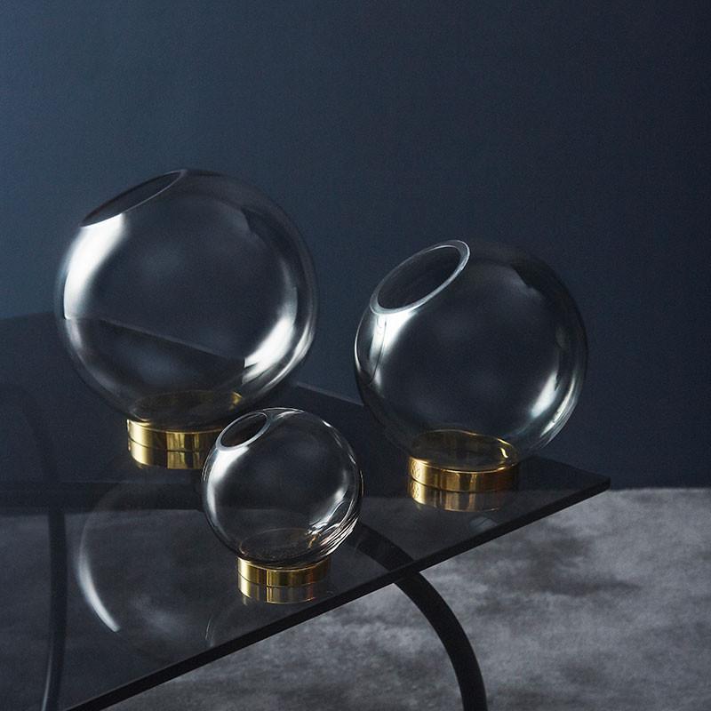 AYTM Globe Vase Black/Gold Ø 10 cm