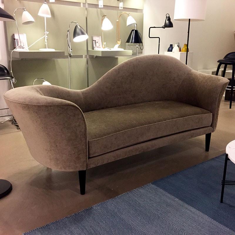 Gubi Grand Piano Sofa Udstillingsmodel