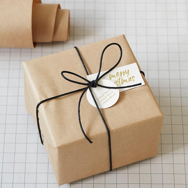 Monograph Gift Tags Round 50 pcs