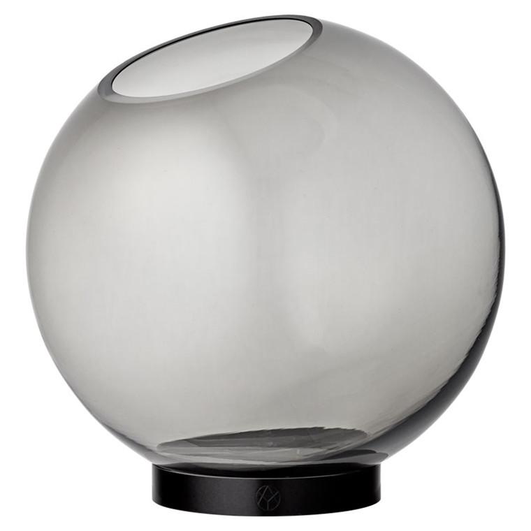AYTM Globe Vase Black Ø 21 cm