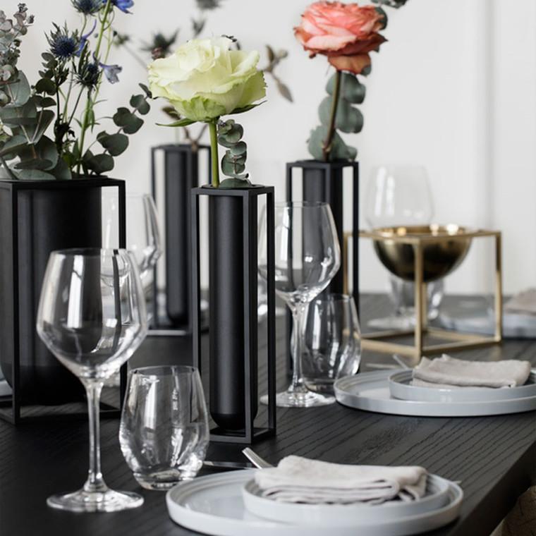 By Lassen Flora Vase Sort