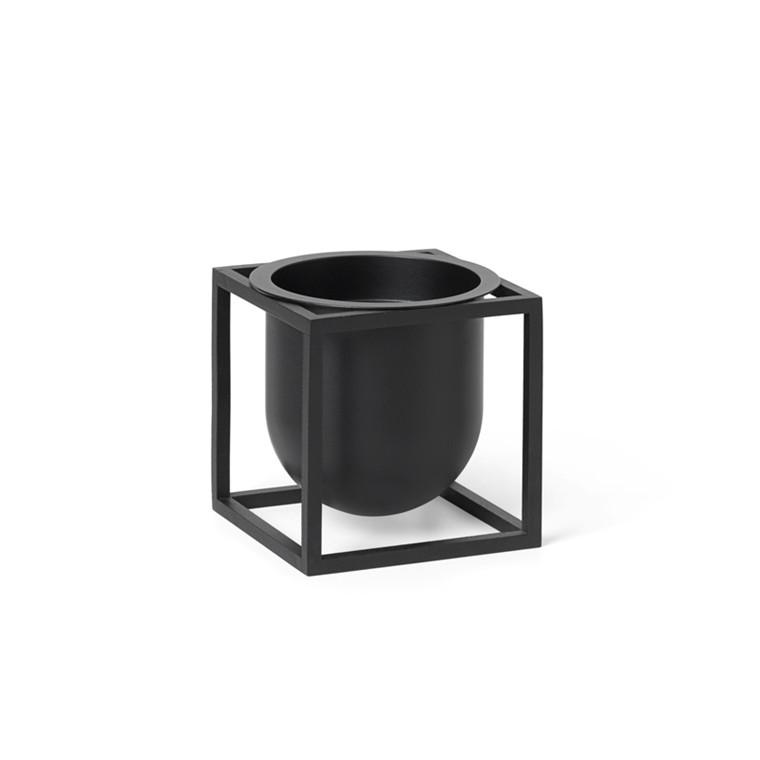 By Lassen Kubus Flowerpot 10 Black