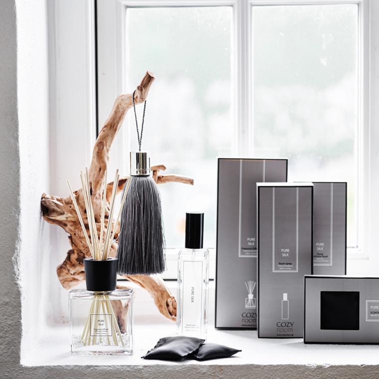 Cozy Room Elegant Peony Scent Tassel Giftbox