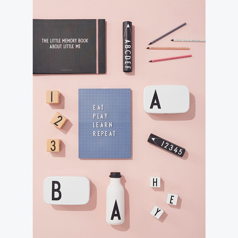 Design Letters Personal Lunch Box A-Z