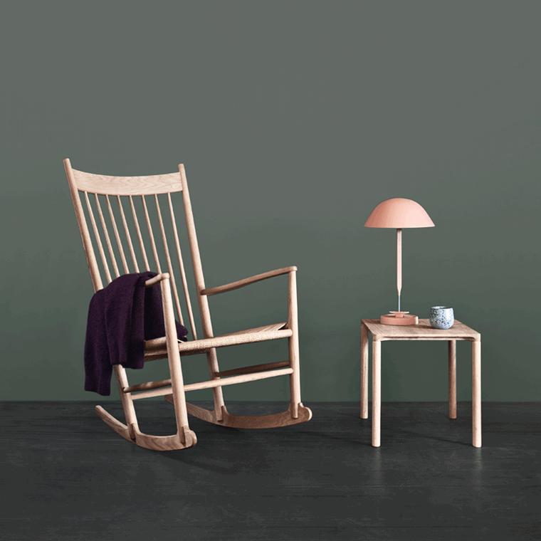 Fredericia Furniture J16 Gyngestol Eg Kampagne