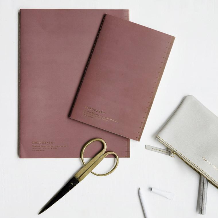 Monograph Soft Notesbog Lys Burgundy