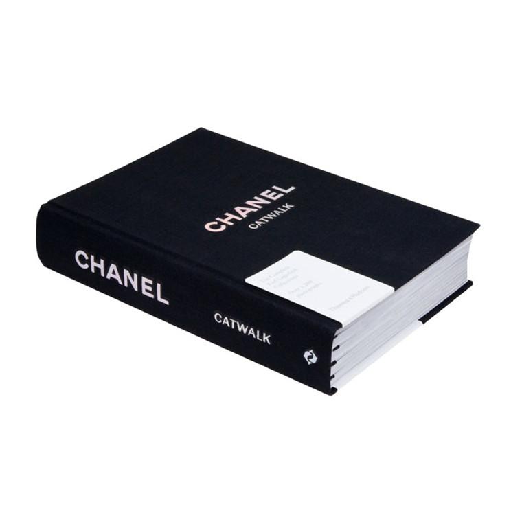 New Mags Chanel Catwalk Bog