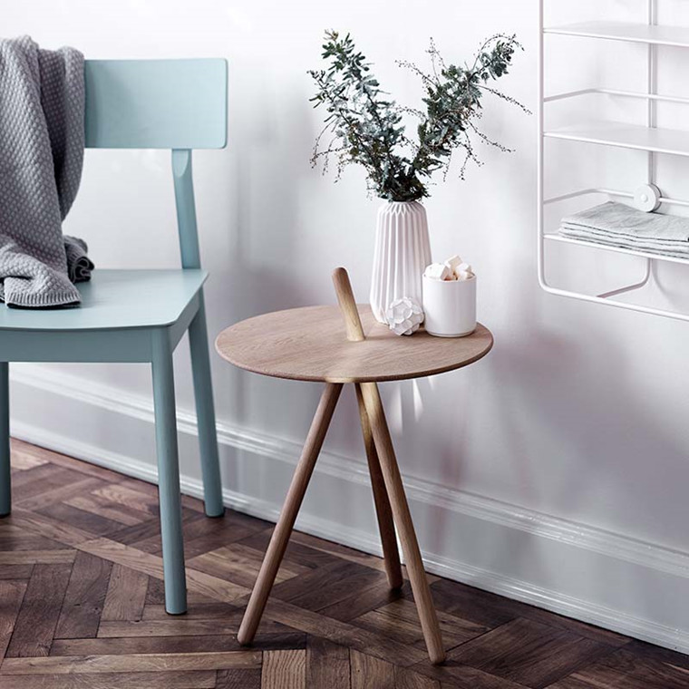 WOUD Come Here Side Table