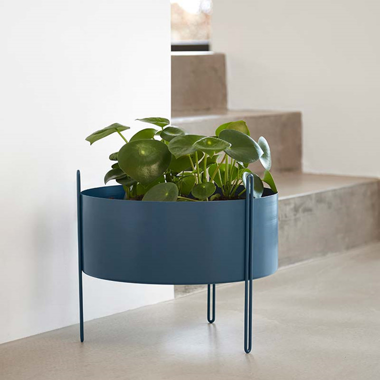 WOUD Pidestall Flower Pot Blue Medium