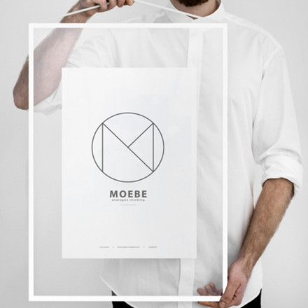 Moebe White Frame A2