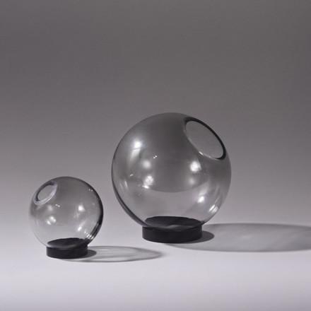AYTM Globe Vase Black Ø 17 cm
