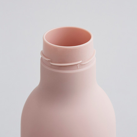 Design Letters TO GO Water Bottle Pink