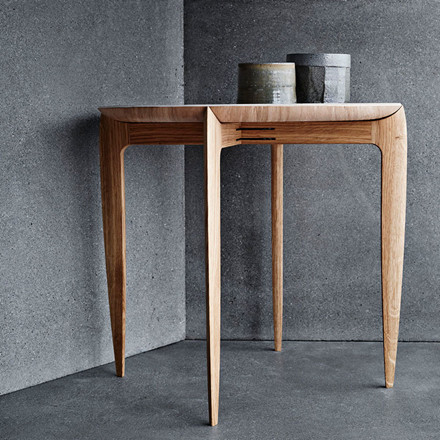 Fritz Hansen Objects Foldable Tray Table