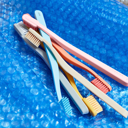 HAY Tann Toothbrush Soft Rose
