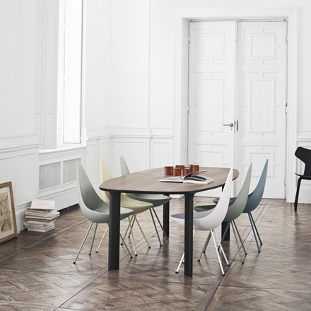 Fritz Hansen Analog Table