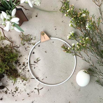 Strups White Ring