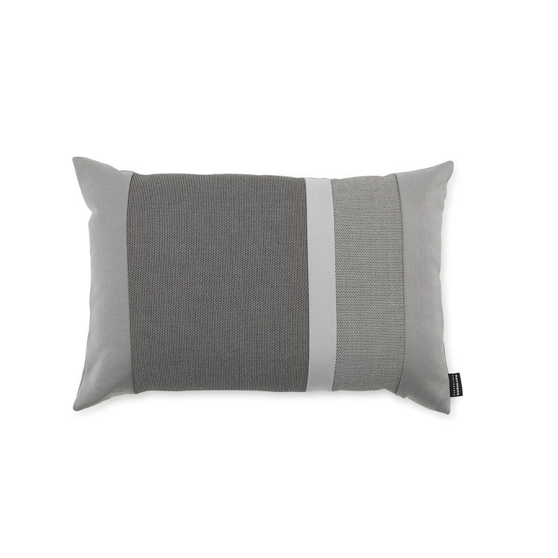 Normann cph line cushion light grey 40 x 60 fra Normann cph på livingshop
