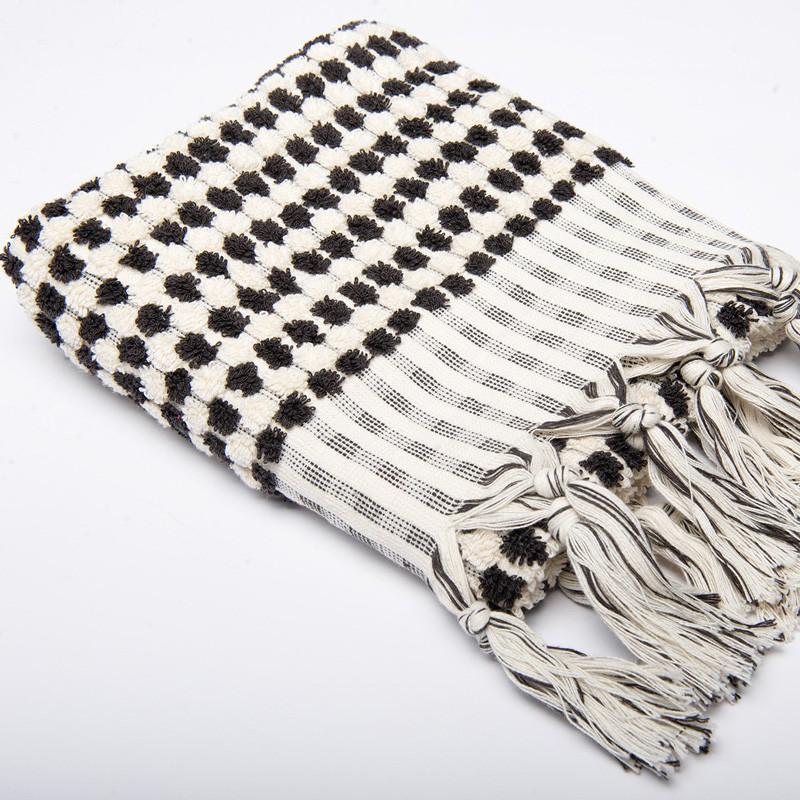 Algan ahududu håndklæde sort fra Algan fra livingshop