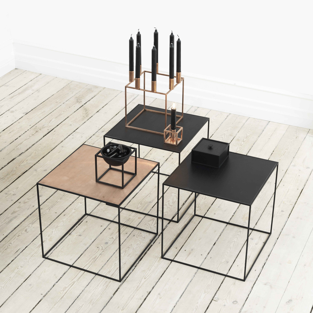 Image of   By Lassen Twin Table 42 Sort/Kobber