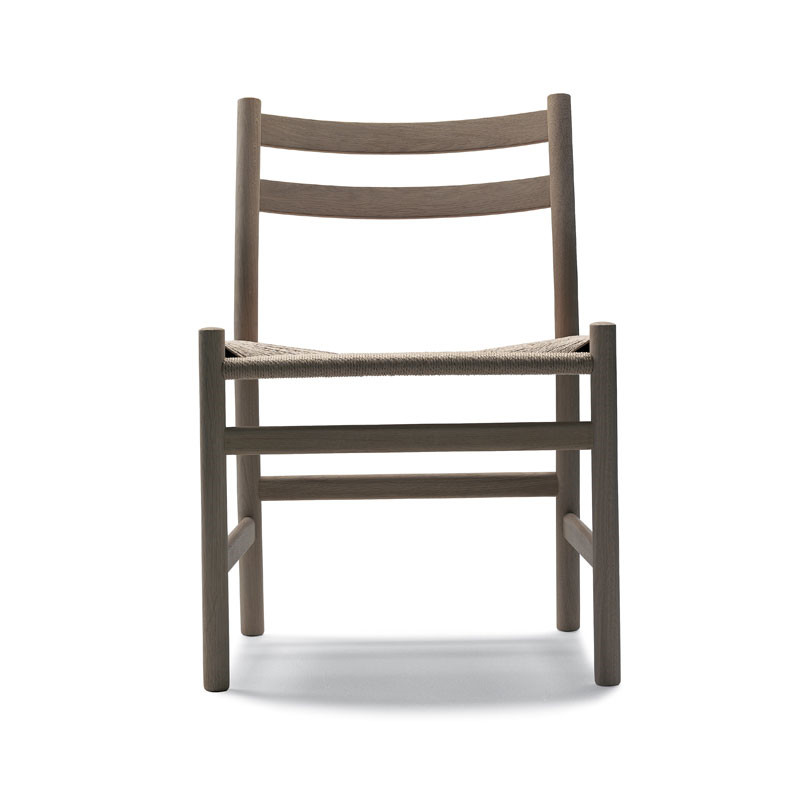 Carl Hansen CH47 Spisebordsstol fra Carl Hansen