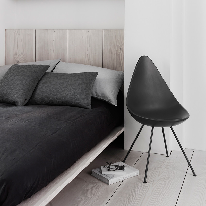 fritz hansen drop chair plastik. Black Bedroom Furniture Sets. Home Design Ideas