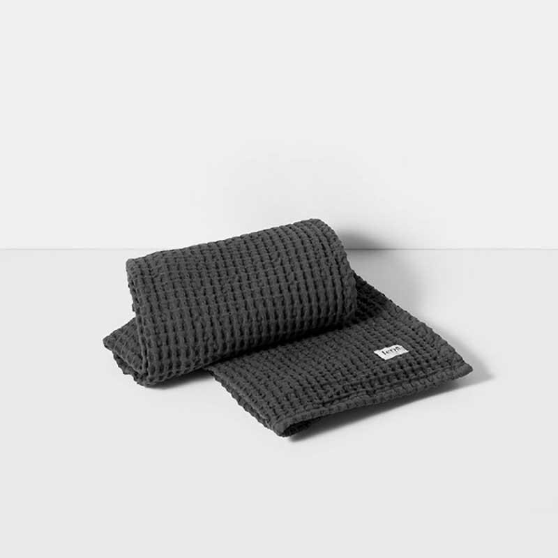 Ferm Living Organic Håndklæde Mørkegrå