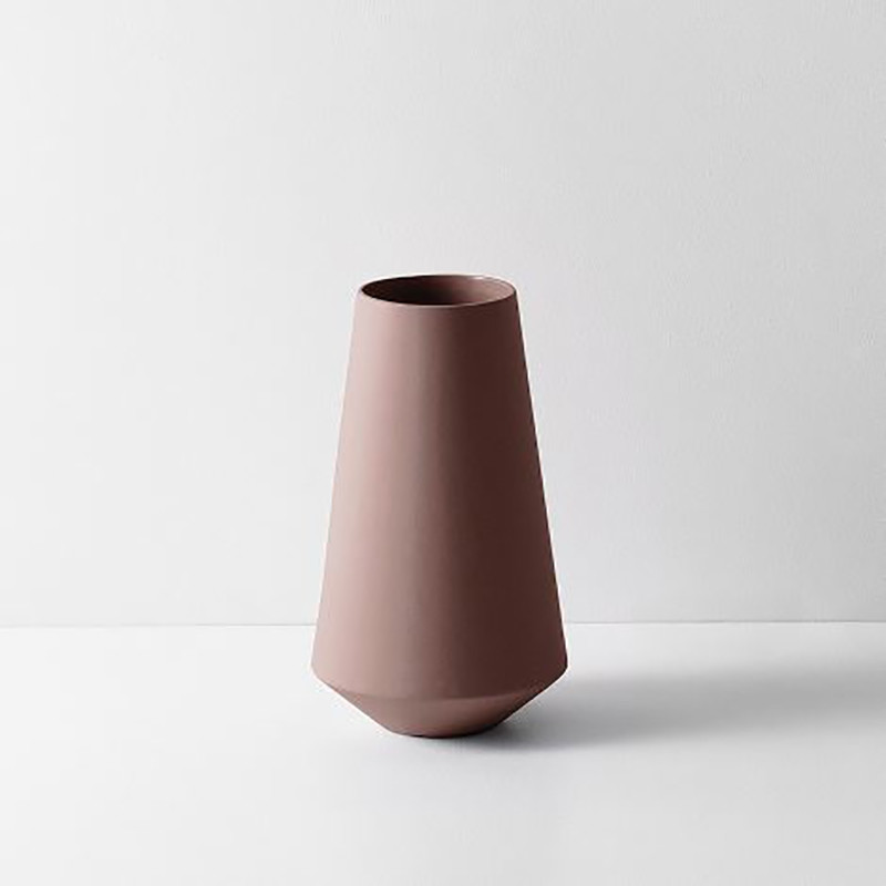 Ferm living sculpt vase well rust