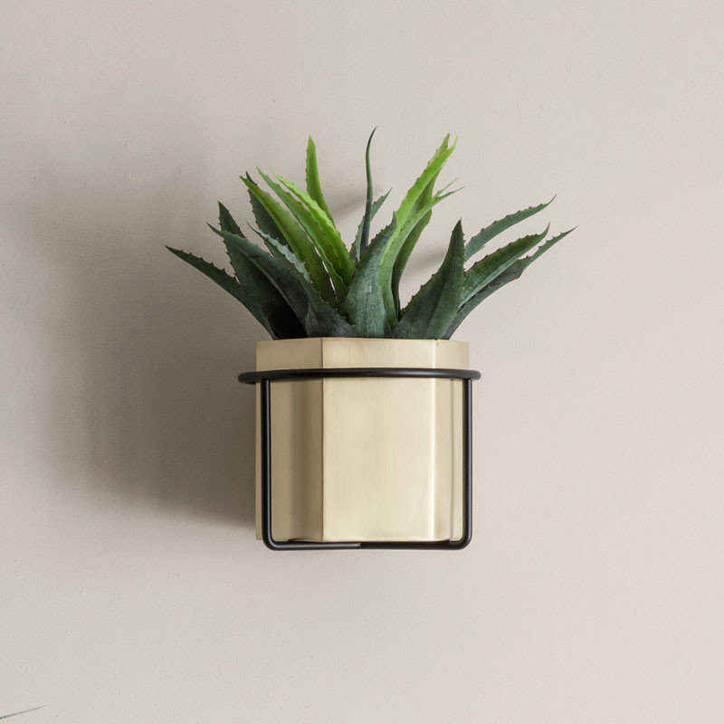 Image of   Ferm Living Plant Holder Black