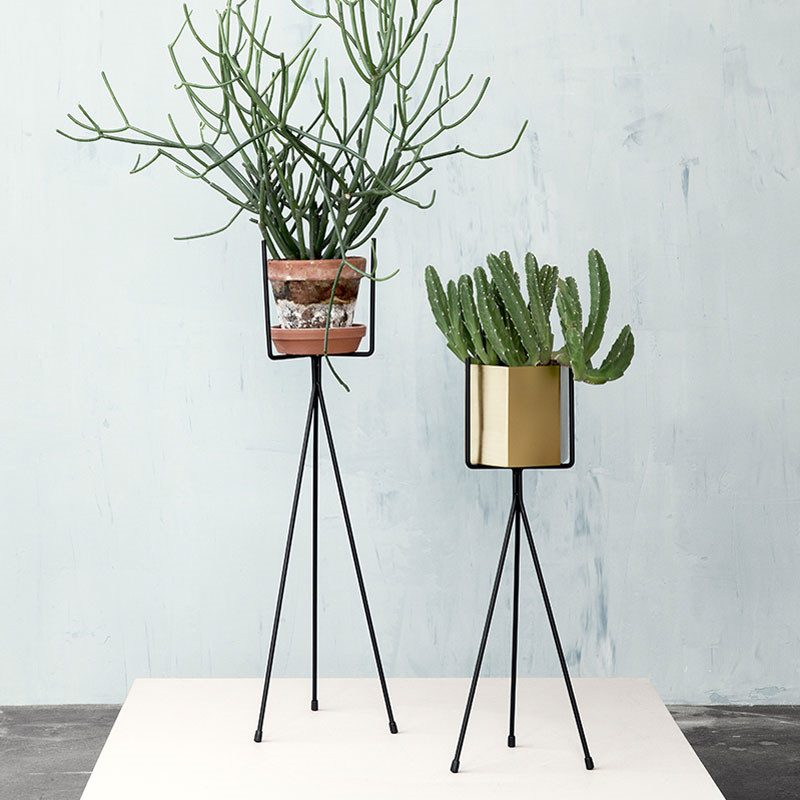 Image of   Ferm Living Plant Stand Black