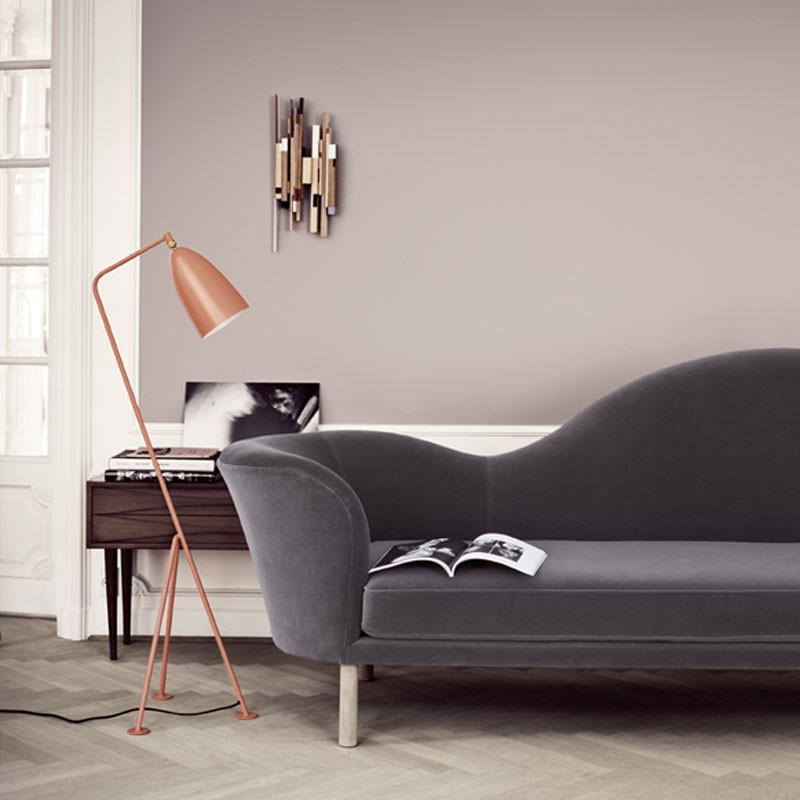 gubi grashoppe gulvlampe. Black Bedroom Furniture Sets. Home Design Ideas