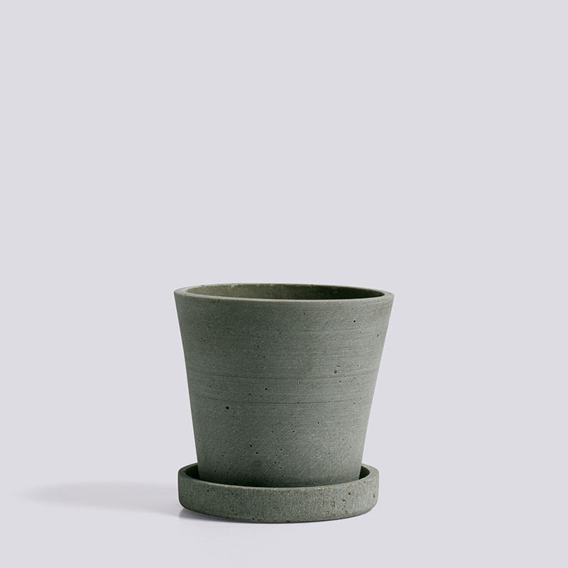 Hay flowerpot with saucer s green