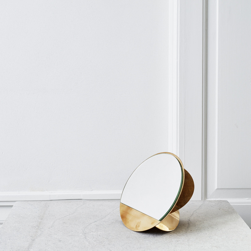Image of   Kristina Dam Mirror Sculpture
