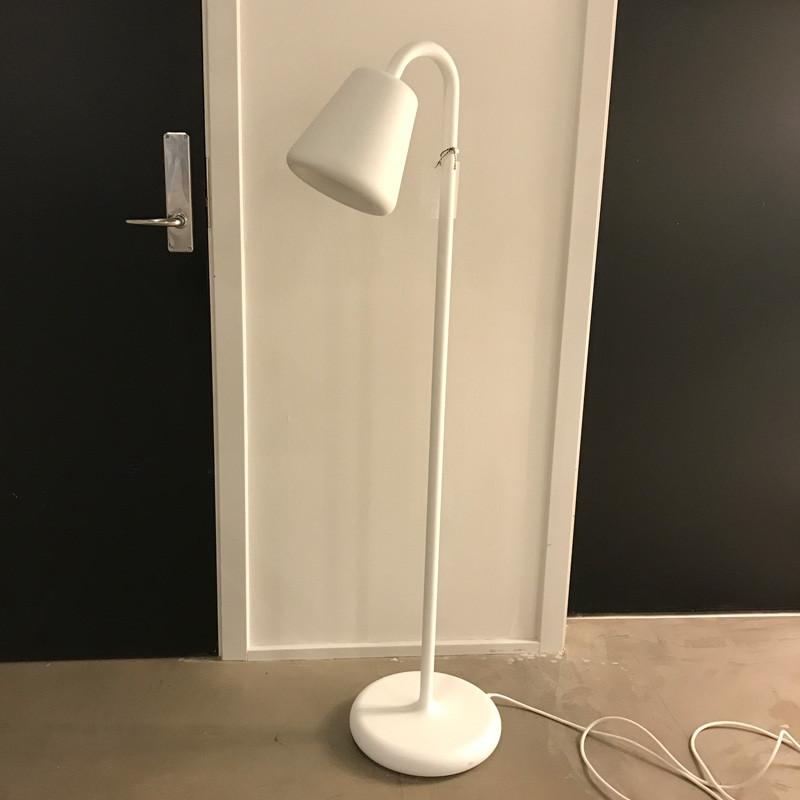 N/A – Louis poulsen oj gulvlampe udstillingsmodel på livingshop
