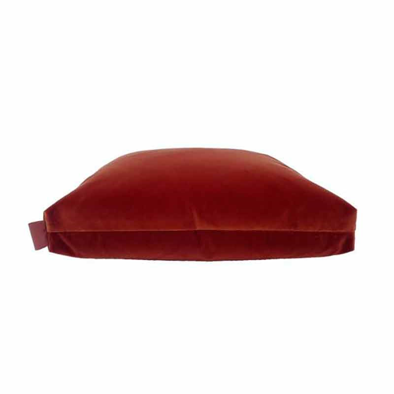 Image of   Semibasic PUF Velour Cushion Amber