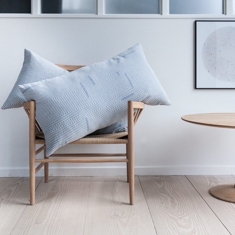 Image of   Semibasic REST Hotel Kintsugi Cushion Blue