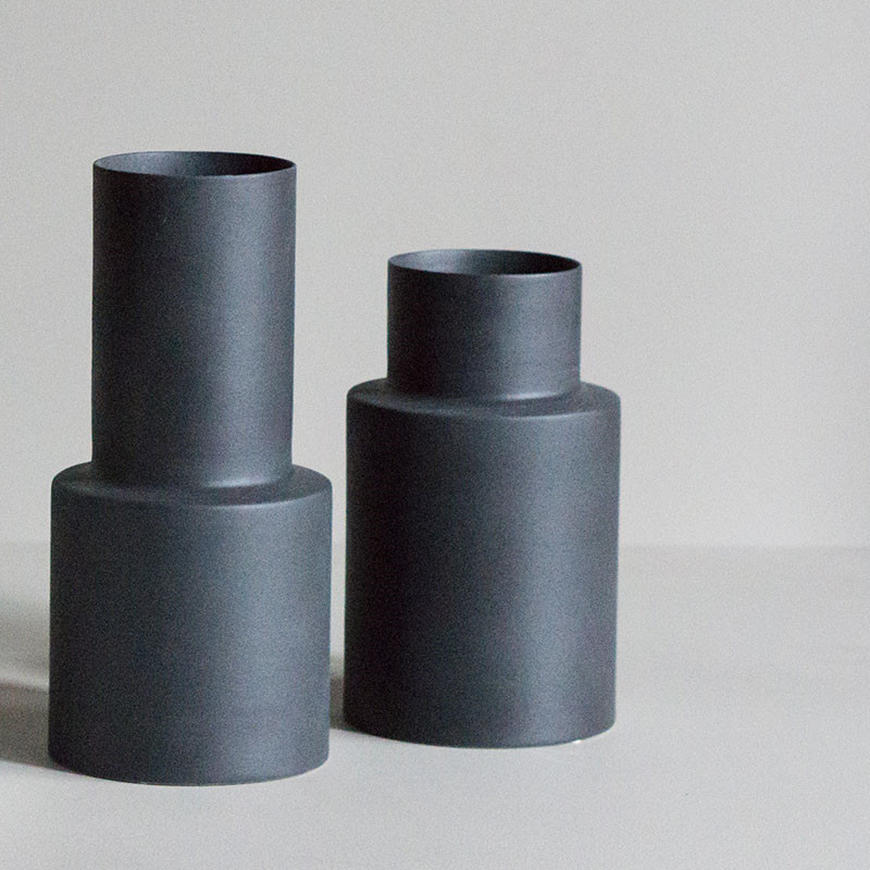 Dbkd oblong vase large iron