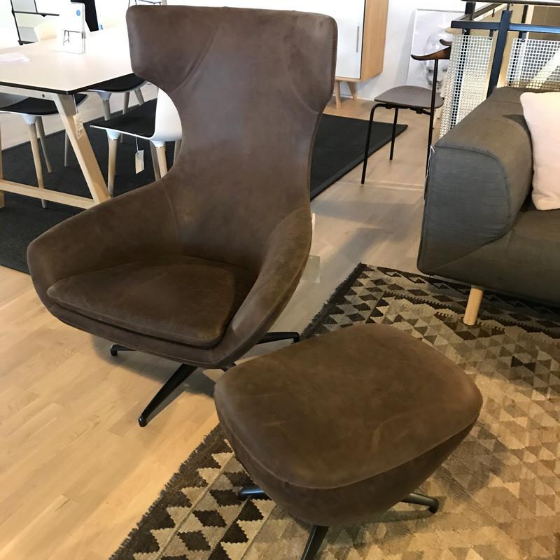 N/A – Leolux stol med skammel udstillingsmodel fra livingshop