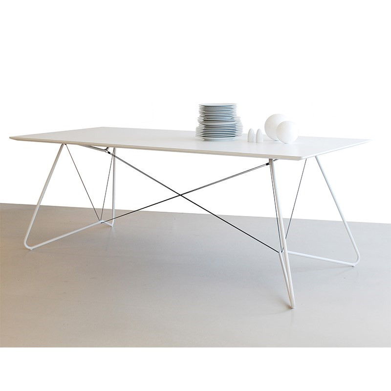 OK design On A String Bord i hvid - Livingshop.dk