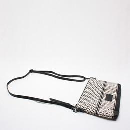 48e54382f08 LALA BERLIN TASKE - POUCH FABIANA OFF-WHITE/BLACK