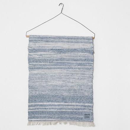 Aiayu tæppe Raw Rug Stripie 45 x 60 cm