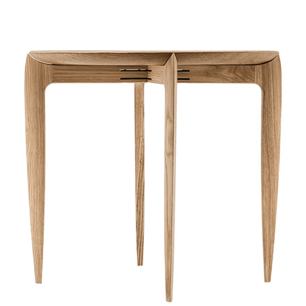 Fritz Hansen Tray Table Oak
