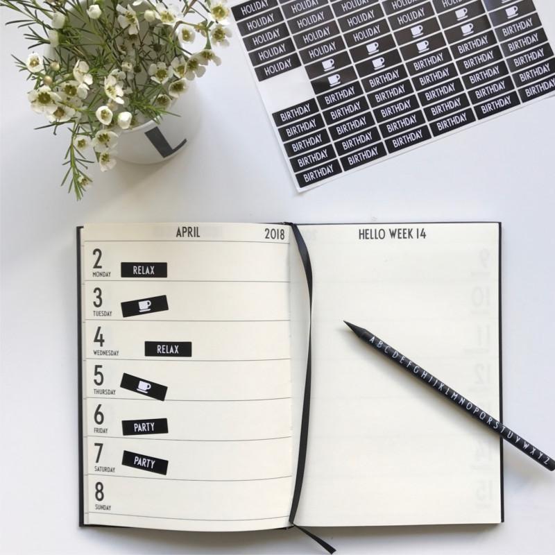 Design Letters Kalender 2019 Grå - Hurtig levering