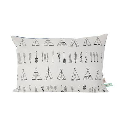 ferm living pude inspireret print fra indianerhistorien. Black Bedroom Furniture Sets. Home Design Ideas