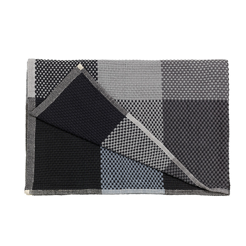 Muuto Loom Plaid Sort
