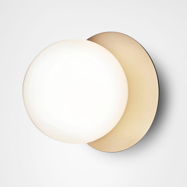 Nuura Liila 1 Væglampe Nordic Gold/Opal Hvid